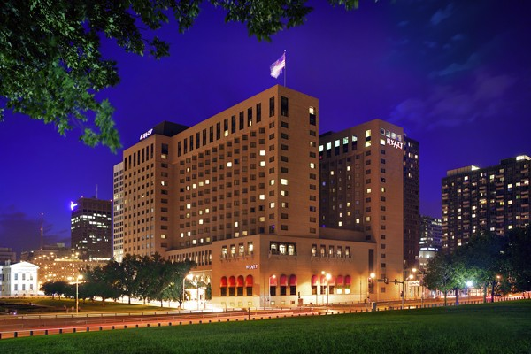 Hyatt at The Arch - Bride St. Louis Venue Profile, Exterior