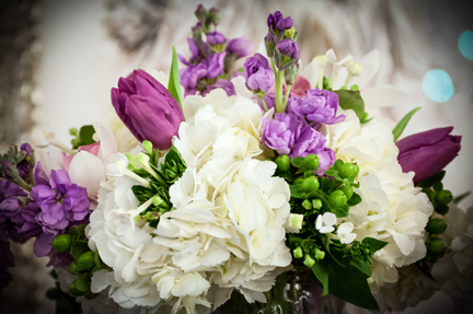 Flower arrangement Purple White BSL